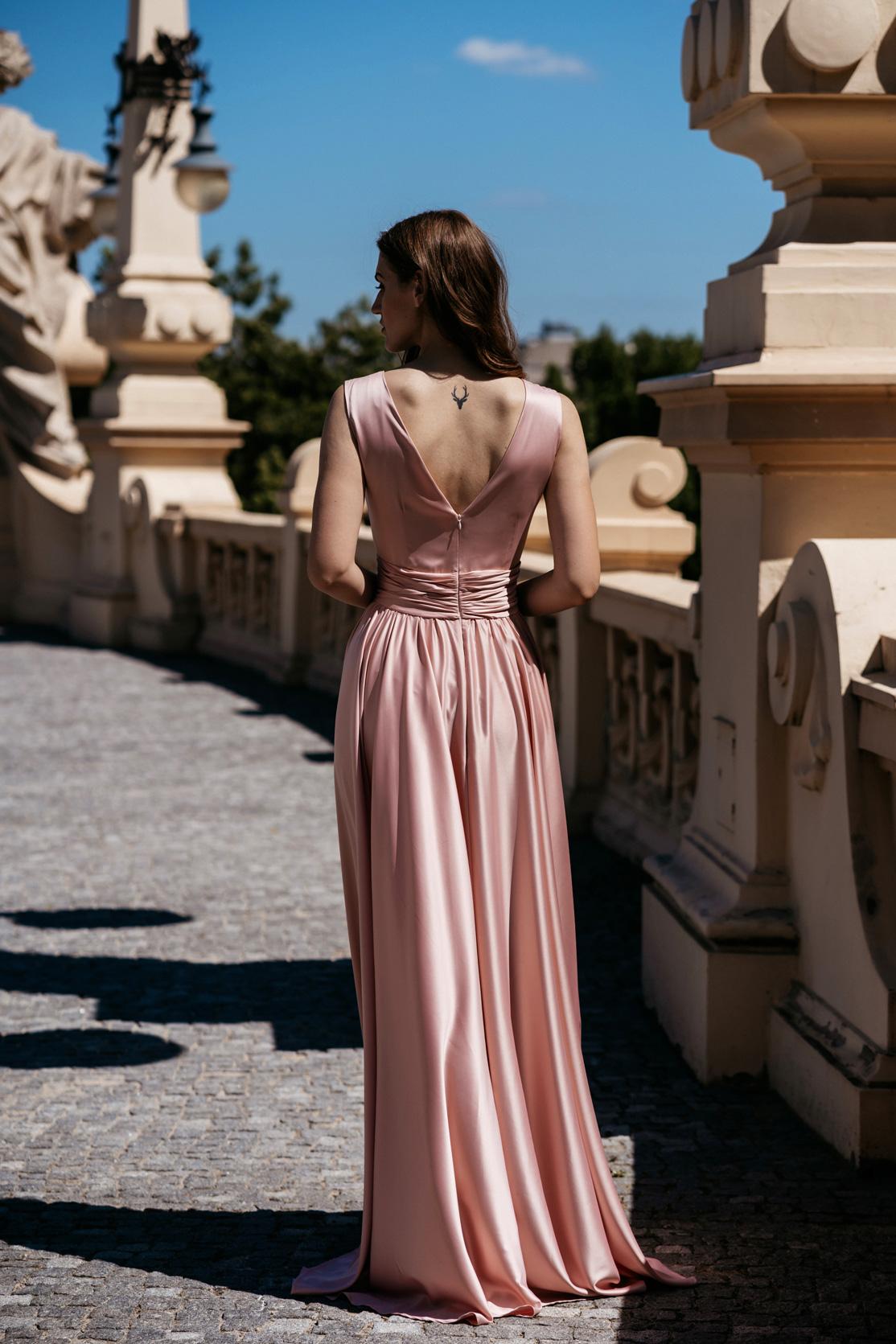 Suknia dla Druhny 101